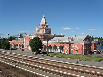 Chernihiv–Ovruch railway - Chernihiv station building and platforms