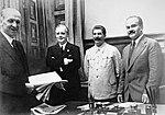 На заключении советско-германского договора о ненападении.jpg