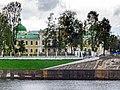 Путевой дворец, сад.jpg
