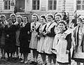 Школа №90 (Одесса) выпуск 1952 года.jpg