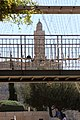מגדל דוד בולט מעל החומה - צולם מרחבת שער יפו.jpg