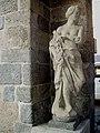 02 Monza Arengario statua antica.jpg