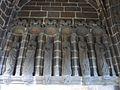031 Daoulas Intérieur du porche d'entrée de l'enclos paroissial six apôtres.jpg
