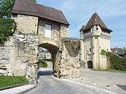 180px-094_Nevers_Porte_du_Croux_Les_remparts