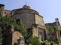 09768 - Rome - Temple of Romulus (3505056832).jpg