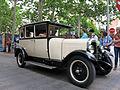 098 Fira Modernista de Terrassa, desfilada de cotxes d'època a la Rambla.JPG