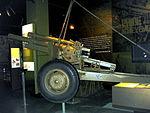 105mm gun AWM2.JPG