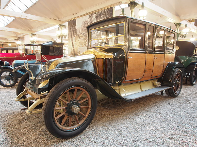 fichier 1920 renault limousine eu 4 cylinder 12hp 2815cm3 60kmh photo 1 jpg wikip dia. Black Bedroom Furniture Sets. Home Design Ideas