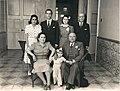 1940. En su noviazgo con Alicia, aparecen su padre, Rafael Caldera Izaguirre, su hermana Rosa Elena y sus tíos y padres adoptivos, María Eva y Tomás Liscano, en Miracielos, Caracas.jpg