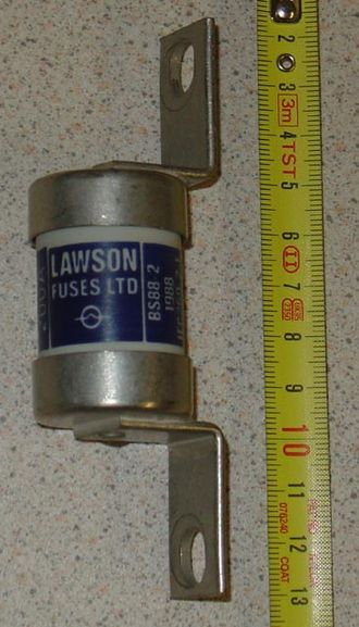 Fuse (electrical) - 200 A Industrial fuse. 80 kA breaking capacity.