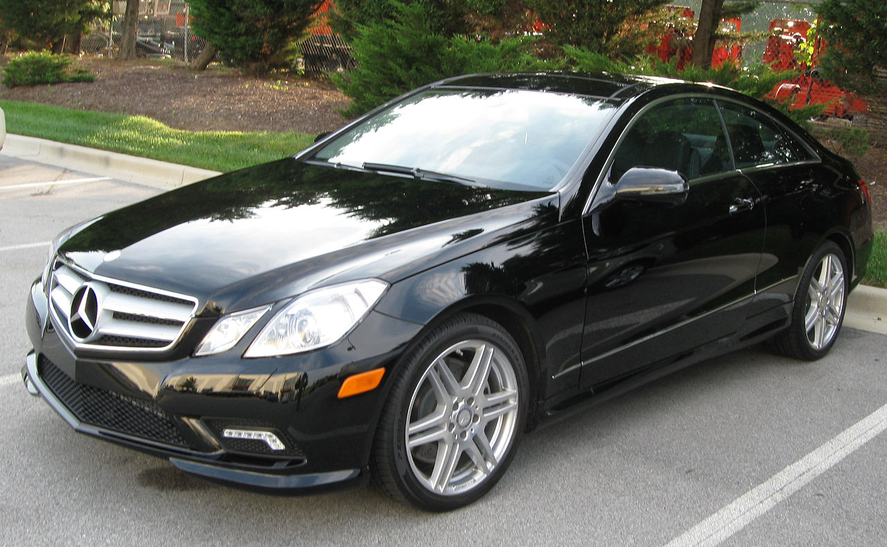 File:2010 Mercedes Benz E350 Coupe    10 02 2009