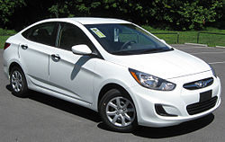 2012 Hyundai Accent GLS sedan -- 06-29-2011.jpg
