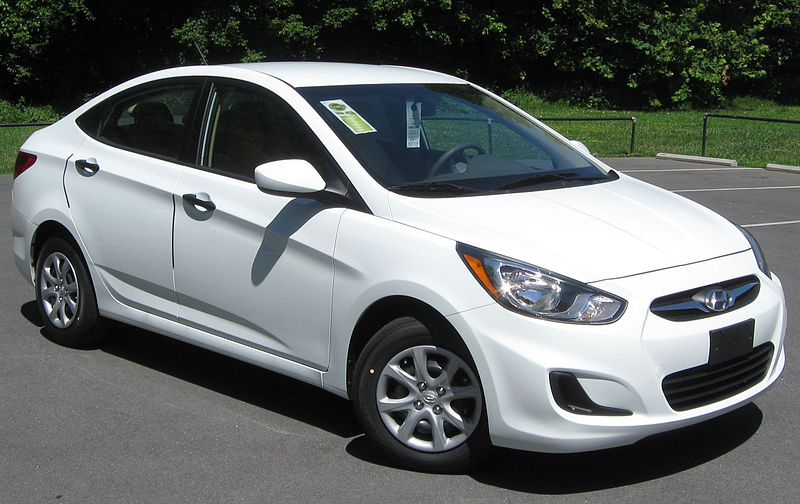 800px 2012 Hyundai Accent GLS sedan 06 29 2011 Choosing The Best Family Carrier