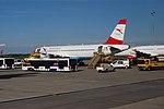 20160521 124 vienna airport.jpg
