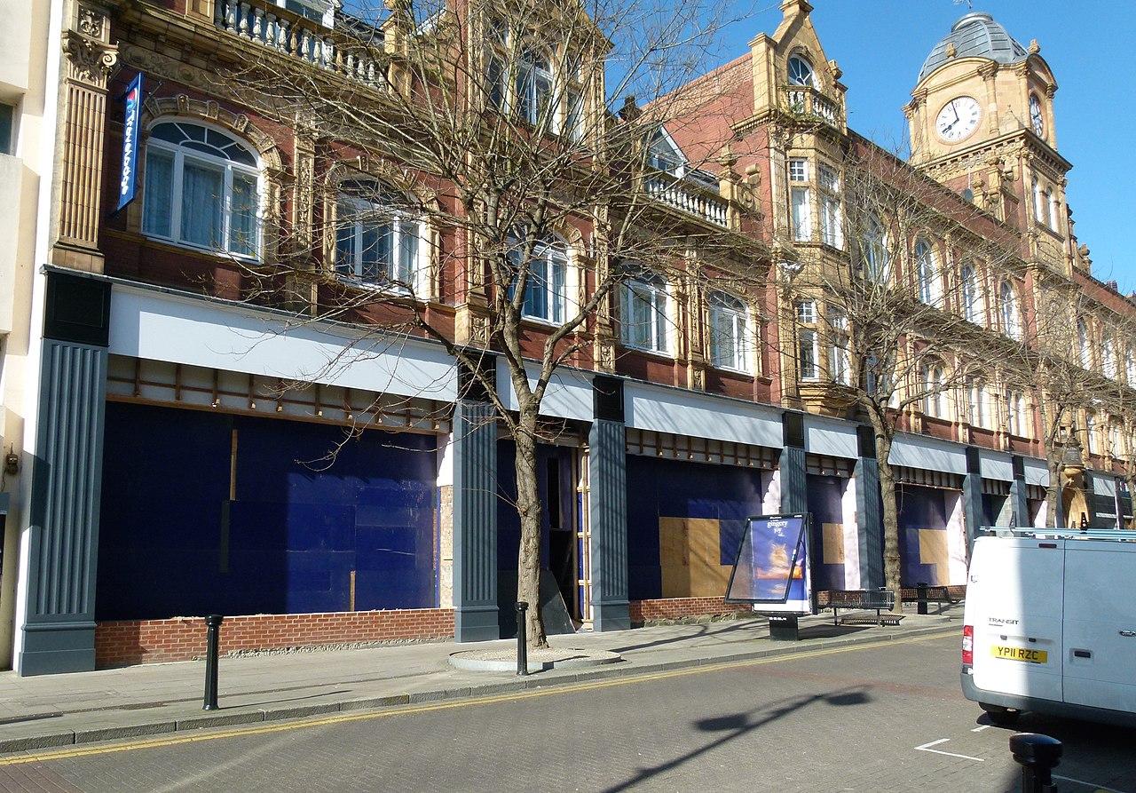 Stores In St Jacobs La Creme Decor