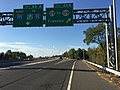 2017-10-06 09 06 02 View south along Interstate 295 (Camden Freeway) at Exit 60B (New Jersey State Route 29, To New Jersey State Route 129, Trenton) in Hamilton Township, Mercer County, New Jersey.jpg