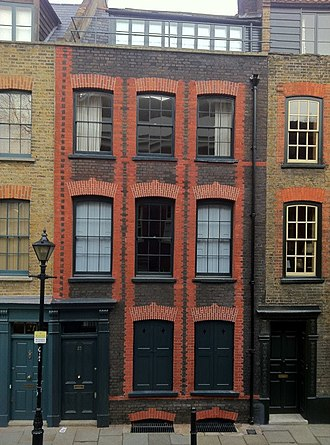 Fournier Street - Image: 23 Fournier Street, London