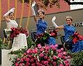 99th Rose Queen - VICTORIA CASTELLANOS (31723847060).jpg