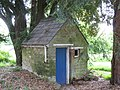 A charming little outhouse - geograph.org.uk - 806657.jpg