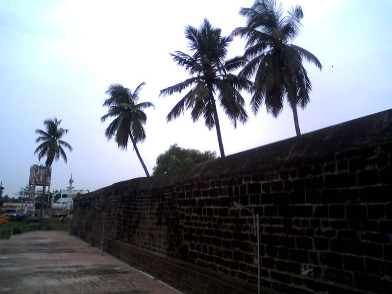 File:A view of Temple Walls at Draksharamam.jpg
