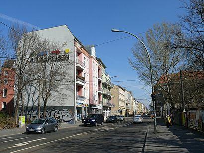 So kommt man zu Dörpfeldstraße mit den Öffentlichen - Mehr zum Ort Hier