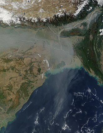 Air pollution in South Asia spread over the Bay of Bengal and beyond. Aerosol pollution over Northern India, Bangladesh, and Bay of Bengal.jpg