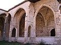 Ager - Colegiata de Sant Pere (Claustro 3).jpg