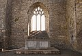 Aghaboe Priory of St. Canice Choir Altar and East Window 2010 09 02.jpg