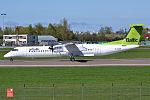 Air Baltic, YL-BAF, Bombardier Dash 8-402Q (16430169536) (2).jpg