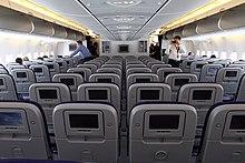 Configuration des cabines de l 39 a380 wikip dia for Air france interieur classe economique