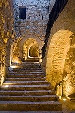 الأردن 150px-Ajlun_Castle_Steps
