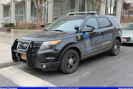 Akron Police Department Ford Explorer -13 (13093389944)