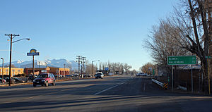 Alamosa East, Colorado - Looking east along U.S. Route 160 (Santa Fe Avenue) in Alamosa East.