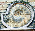 Ammonit in Hausfassade am Daruper Berg.jpg