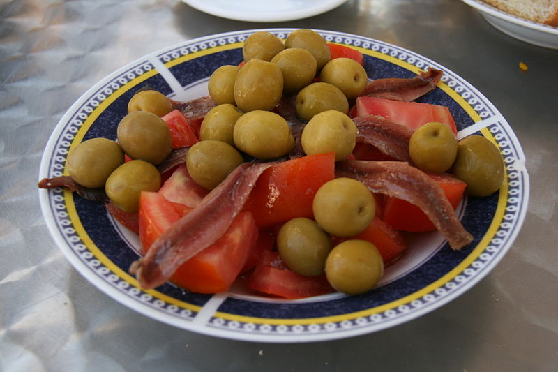 File:Anchoas con tomate.jpg