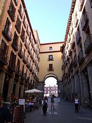 PROPUESTAS DE RULADA DE LA COMUNIDAD DE MADRID - DOMINGO 8 DE MARZO 180px-Arco_plaza_mayor_madrid