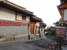 Area west of Bukchon Hanok Village D.JPG