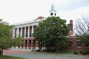Arlington High School (Massachusetts) - Image: Arlington High School MA