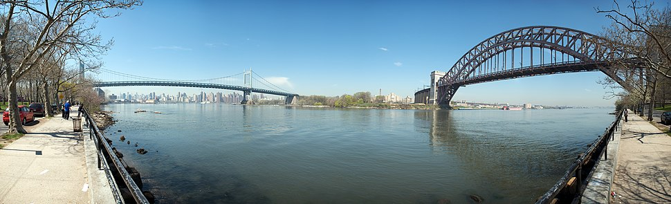 Astoria Park Panorama of Triborough and Hell%27s Gate Bridges