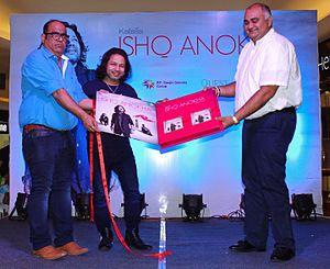 """Kailash Kher - Kher launching his latest album """"Ishq Anokha"""" at Kolkata, 2016"""