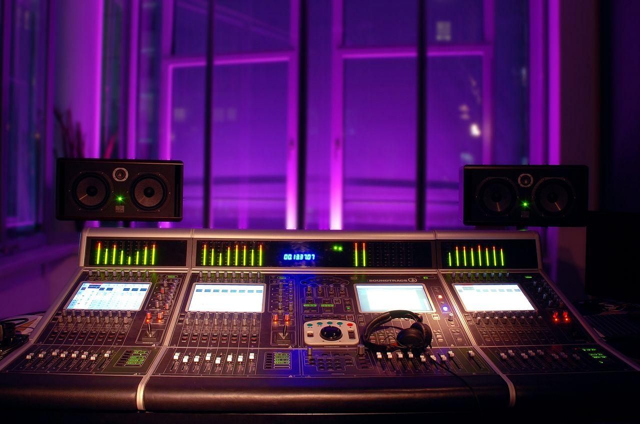 Sound Control Room Divider