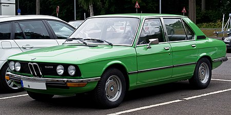 BMW 5 Series (E12) - Wikipedia