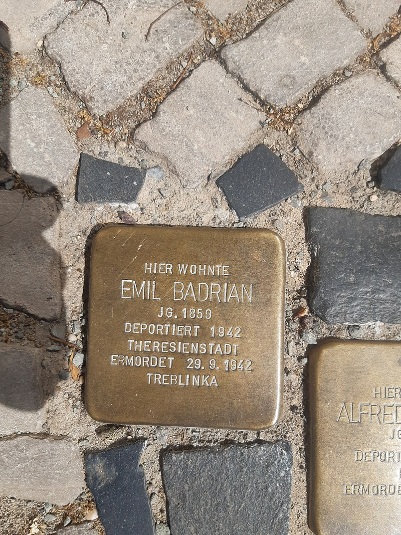 Badrian Emil Stolperstein Burg bei Magdeburg.jpg