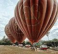 Balloons over Bagan (14870164316).jpg