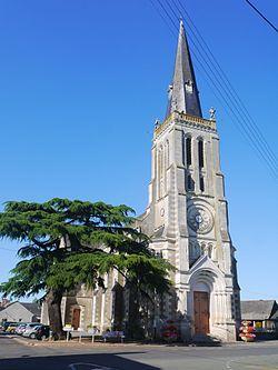 Baracé 49 église.jpg