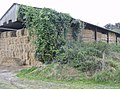 Barn at Wyfield Manor Farm - geograph.org.uk - 596482.jpg