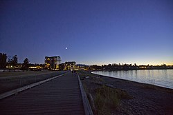 Beach Side Seawall, Parksville, Vancouver Island (36676401172).jpg