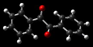Benzil - Image: Benzil from LT monoclinic xtal CM 3D balls