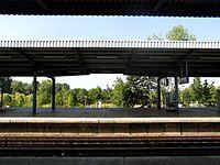 Berlin S- und U-Bahnhof Wuhletal (9497927764).jpg