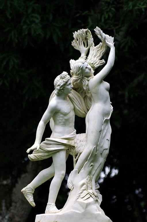 Apolo y Dafne de Bernini, inspirado en el poema de Garcilaso de la Vega.